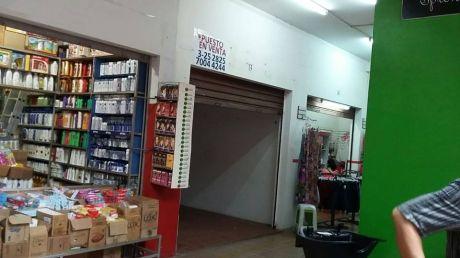 """En Venta 2 Puestos En Comercial """"la Fortuna""""-feria Barrio Lindo"""