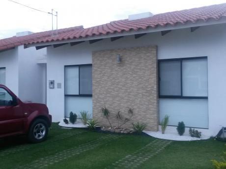 Casa En Alquiler Zona Norte En Condominio   Km 8.5 Al Norte