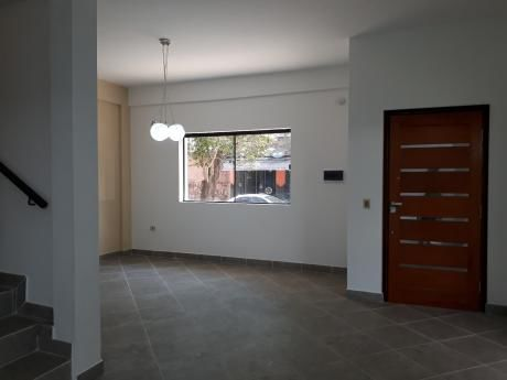 Hermoso Duplex A Estrenar - Lambare Barrio Palomar - Zona Pirizal