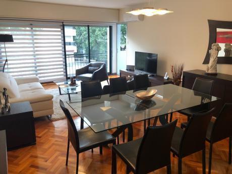 Se Vende Apartamento De Categoría En Pocitos