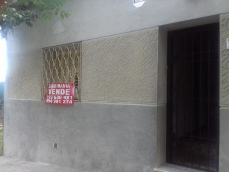 Casa Con Mucho Fondo Y Excelentes Posibilidades De Mejoras