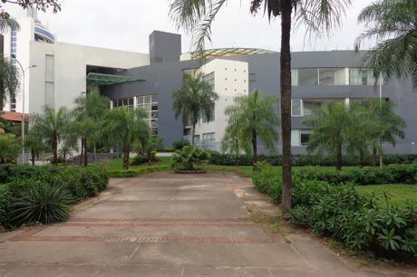 Departamento Totalmente Amoblado En Alquiler - Cond. Aguaí
