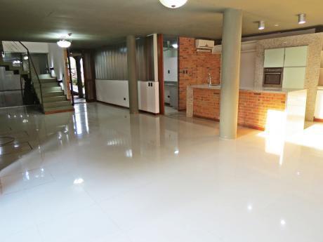 Alquilo Casa  En Condominio Zona  Colegio  Del Sol