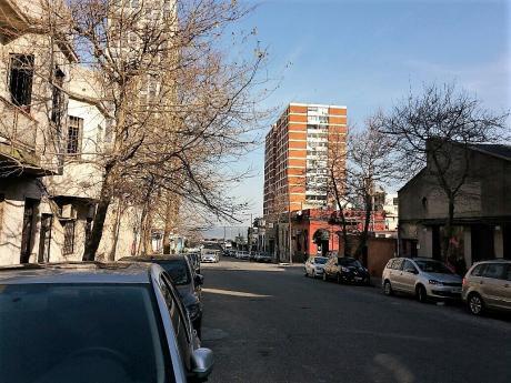 Paraguay Y Durazno: Tipo Casa