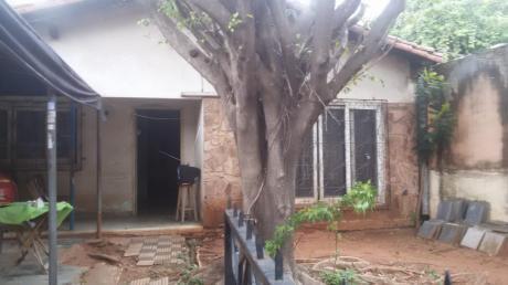Vendo Terreno Con Casa A Derribar