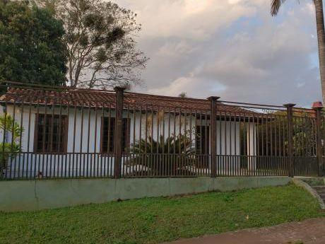 Casa Area5 Alquiler 2.500.000gs