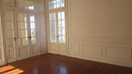 Edificio Rex - Julio Herrera Y Obes Y 18 De Julio - Impecable 140 M2