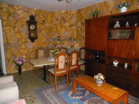1932 Excelente Casa Tres Dormitorios A Pasos De Avda.italia Y Gallinal