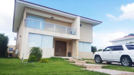 Zona Urubo Cond. Santa Cruz La Vieja Hermosa Casa Amoblada En Venta