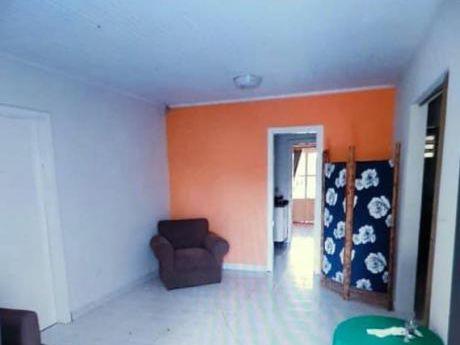 Alquilo Casa En Ciudad Del Este Zona Area 4. Mm23