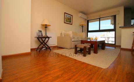 Apartamento En Venta: 2 Dormitorios, 1 Baño, 1 Garage En Zona Parque Rodó