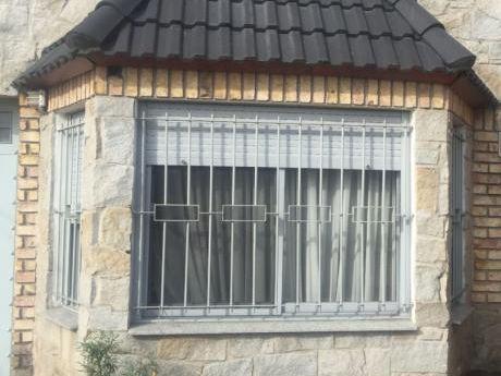 Dos Casas Independientes De Exelente Nivel  En El Mismo Padron