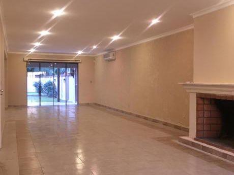 Alquilo Amplia Residencia En Villa Morra