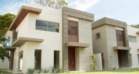 Hermosa Casa Condominio Colinas Del Bosque Km 81/2 Al Norte