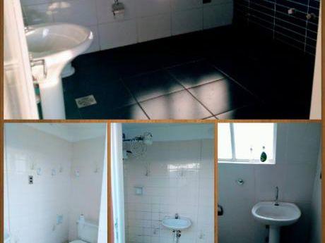 Oferta!!amplia Casa Con Dpto Auxiliar En Alquiler, Ideal Para Empresa!!