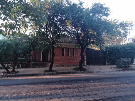 Vendo Amplia Propiedad (bo.san Cristobal ) Con Casa Para Refaccion O Demoler