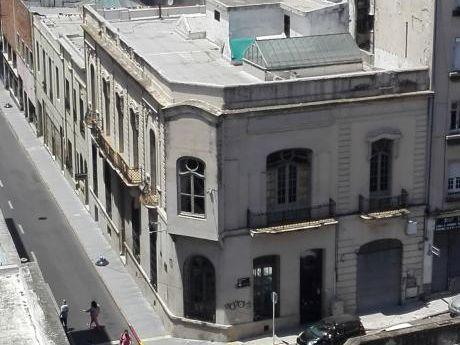 Gran Casona Esquina (ideal Empresa), Ciudad Vieja