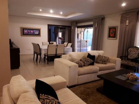 Vendo Casa De 4 Dormitorios En Excelente Zona Shopping Del Sol
