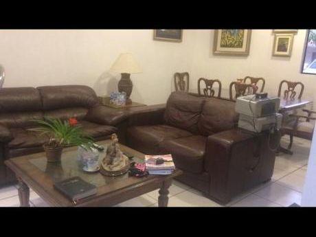 Alquilo Hermoso Duplex De 3 Dormitorios En Lambare - Barrio Cerrado