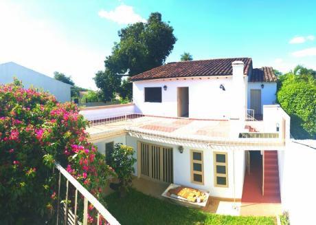 Oferta! Vendo Espectacular Casa En Barrio Jara 440 M2