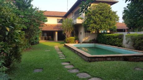 Alquilo Casa De 3 Dormitorios Con Piscina En Manora