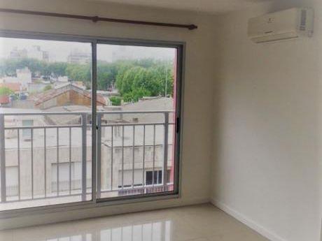 Alquiler Apartamento De 1 Dormitorio En Cordón