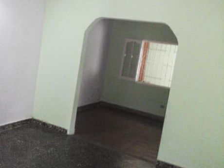 Se Vende Casa De 372 M2. En San Lorenzo, Barrio Santo Rey