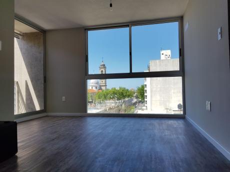 Increíble Penthouse! 2 Dormitorios, Enorme Terraza!