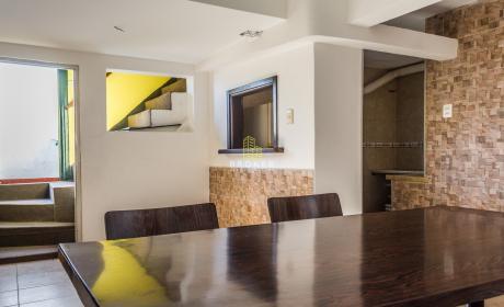 Apartamento De 3 Dormitorios En Buceo Con La Comodidad De Una Casa.
