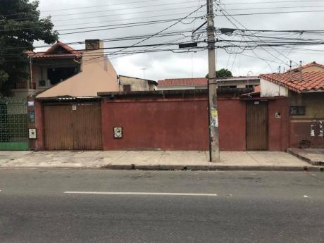 Casa Sobre Avenida Virgen De Cotoca