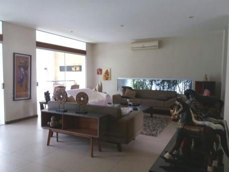 Bonita Casa En Colinas Del UrubÓ Sector I