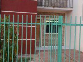 Alquilo Duplex De 2 Dormitorios En San Lorenzo Zona Libertad Con Galpon De 90mts