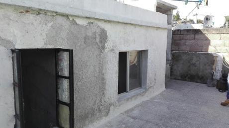 Oportunidad Venta De Apartamento De 2 Dormitorios Y Estar Reciclandose