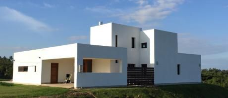 Casa En Barrio Mirador De La Tahona