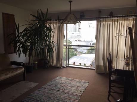 Apartamento 3 Dormitorios Y Garaje.
