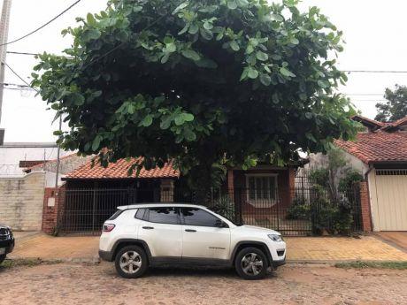 En Venta Casa Zona Herrera- Denis Roa