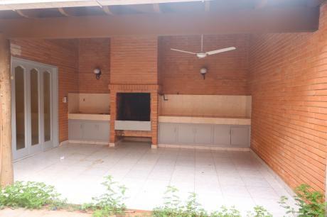 Alquilo Duplex Barrio Villa Morra