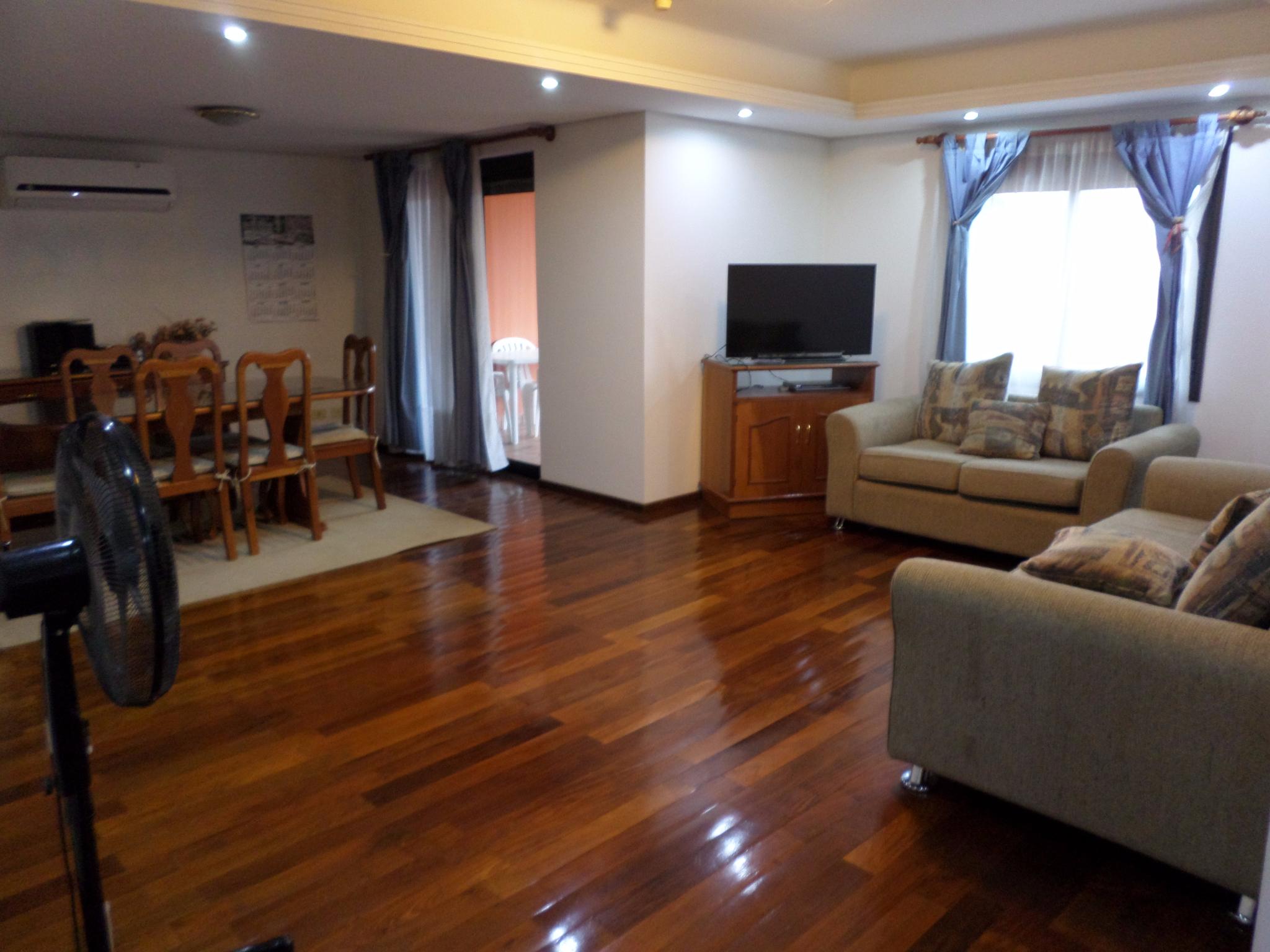 Alquilo Departamento Amoblado De 3 Dormitorios En Villa Aurelia