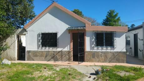 A 2 Del British School Beranger Casa 2dorm Patio Parrillero Jardin