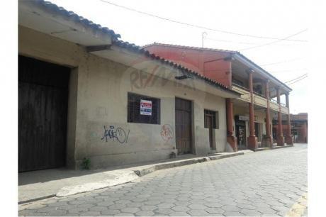 Casa En Zona Comercial Del Centro