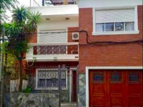 Alquiler Casa Montevideo La Blanqueada Parrillero