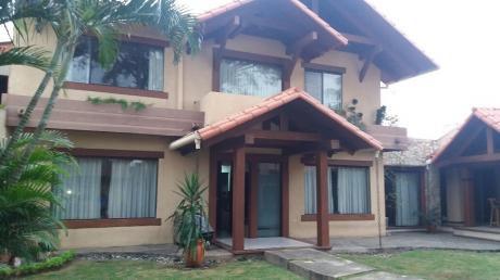 Alquilo Hermosa Casa Sobre Av. Charcas