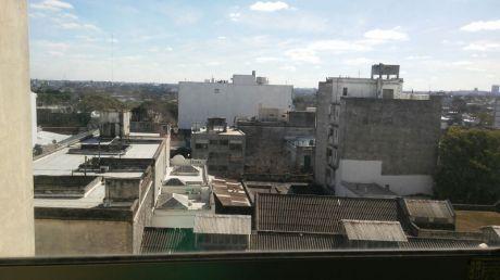 BajÓ De Precio!! Muy Lindo Apartamento En Cordón!!