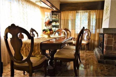 Venta De Espectacular Casa En Pinar Sur
