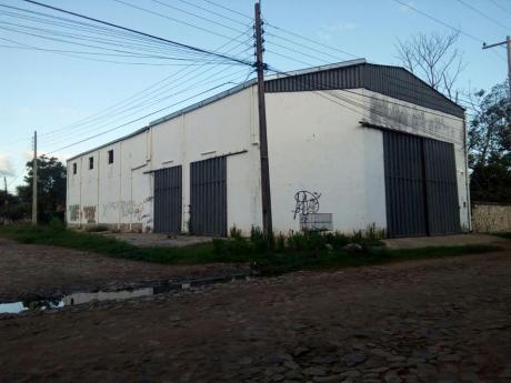 Alquilo Amplio Deposito Zona Abasto Norte!!