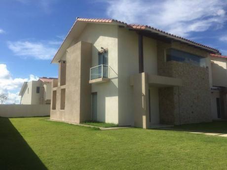 Imponente Casa En Urubo