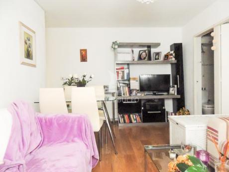 Apartamento A La Venta En Malvin Norte, 1 Dormitorio
