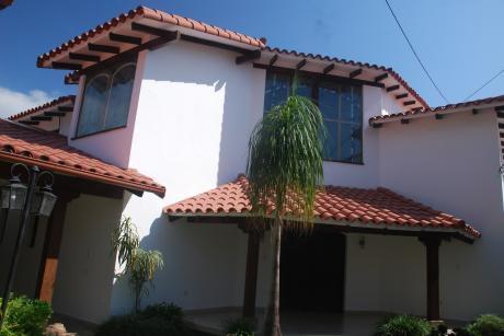 Hermosa Casa En Alquiler En Las Palmas