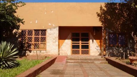 Se Alquila Local Comercial De 500 M2., En Fernando De La Mora