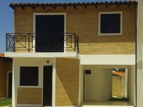 Duplex Economico Con Excelente Ubicacion! 3 Dormitorios